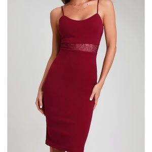 Lulus midi burgundy body con dress